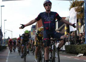 Alberto Dainese de snelste in 49e Ronde Midden-Brabant